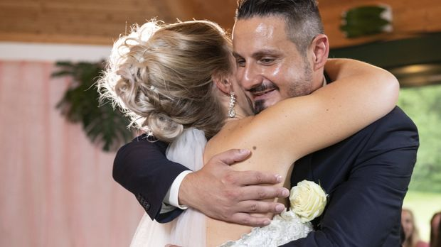 Hochzeit Auf Den Ersten Blick Video Staffel 6 Episode 6 Samantha Erlost Serkan Mit Dem Jawort Sat 1