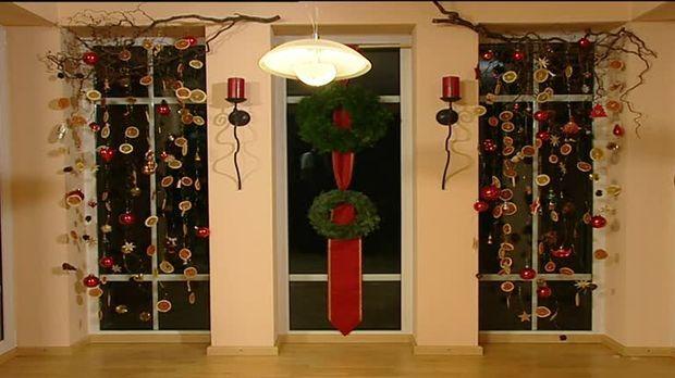 Weihnachtsdeko Fensterbank Innen.Weihnachtsdeko Fenster Mit Kränzen Co Schmücken