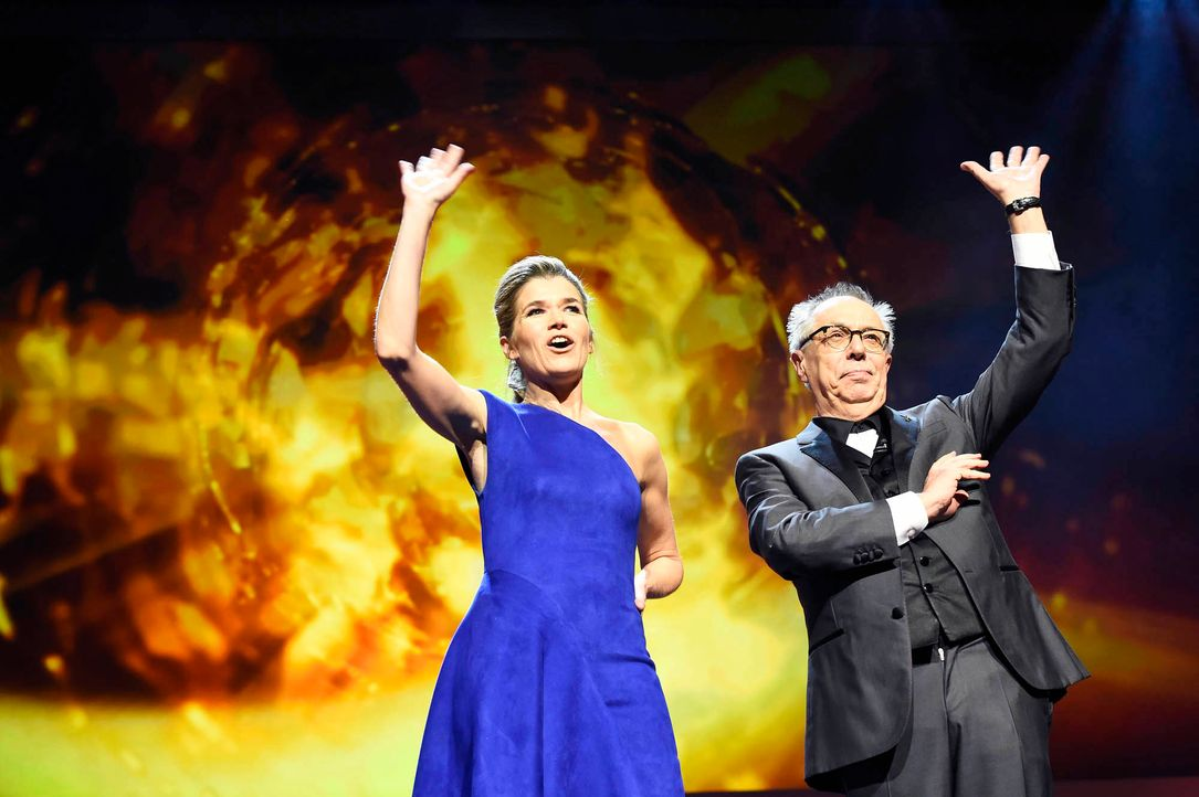 Berlinale-Dieter-Kosslick-Anke-Engelke-160211-AFP - Bildquelle: AFP