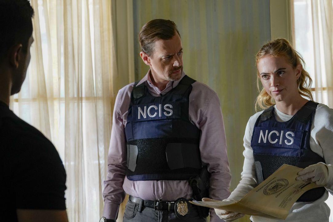 Timothy McGee (Sean Murray, l.); Ellie Bishop (Emily Wickersham, r.) - Bildquelle: Bill Inoshita 2021 CBS Broadcasting, Inc. All Rights Reserved. / Bill Inoshita
