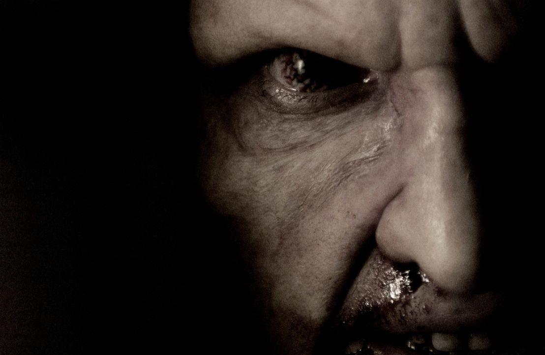 Der Kampf mit den ungezählten Mutanten hinterlässt seine Spuren: Mitch Hunter (Thomas Jane) ... - Bildquelle: 2008 Campfame Limited. Mutant Chronicles International, Inc. All rights reserved.