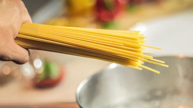 S1_Artikel lang_Profi-Tipp Spaghetti alla Carbonara selber machen_Profi-Tipp...