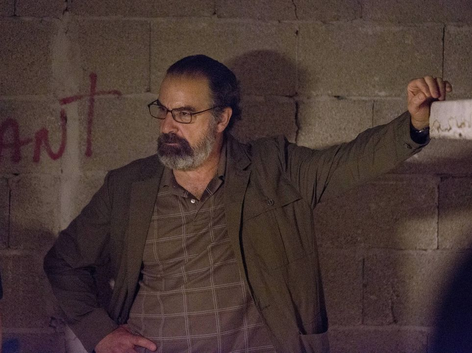 In seinen letzten Tagen als Interims-Direktor der CIA will Saul (Mandy Patinkin) unbedingt seine Mission beenden ... - Bildquelle: 2013 Twentieth Century Fox Film Corporation. All rights reserved.