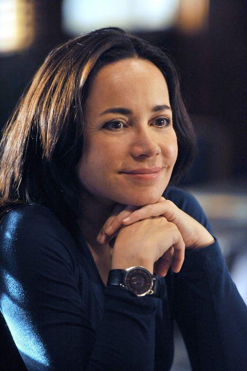 Hofft, den Sniper rechtzeitig zu stellen, bevor es noch mehr Tote gibt: Beth (Janeane Garofalo) ... - Bildquelle: ABC Studios
