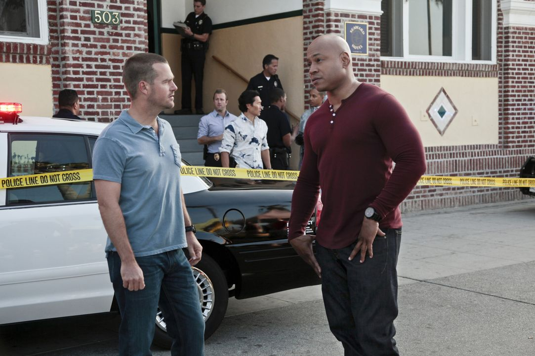 Bekommen vom Hawaii Five-0 Team Unterstützung in einem neuen Fall: Callen (Chris O'Donnell, vorne l.) und Sam (LL Cool J, vorne r.) ... - Bildquelle: CBS Studios Inc. All Rights Reserved.