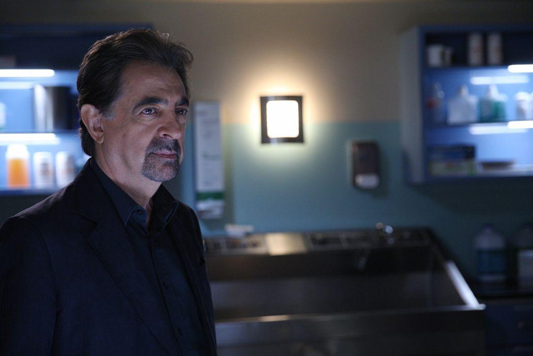 Als eine Frau umgebracht wird, muss das Team um Rossi (Joe Mantegna) alles geben, um den Täter zu fassen ... - Bildquelle: Cliff Lipson ABC Studios