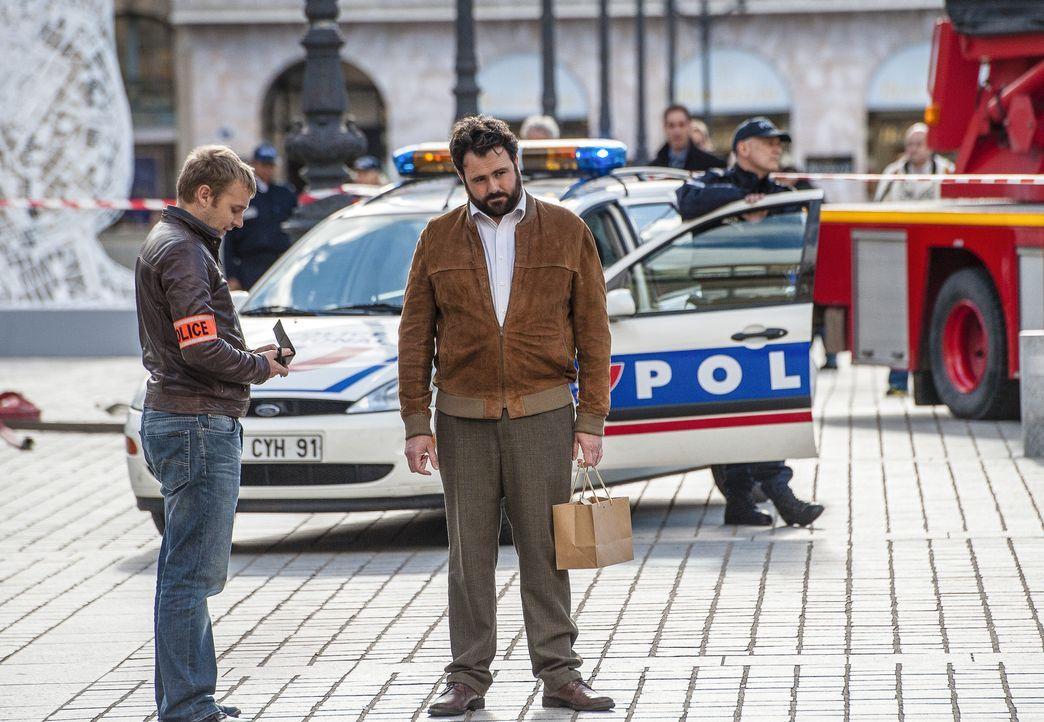 Kommissar Normand (Celyn Jones) ist wieder mitten in Paris unterwegs. Seine Ermittlungen stellen nicht nur seine eigene Geduld auf die Probe ... - Bildquelle: Stéphanie Dupont Atlantique Productions