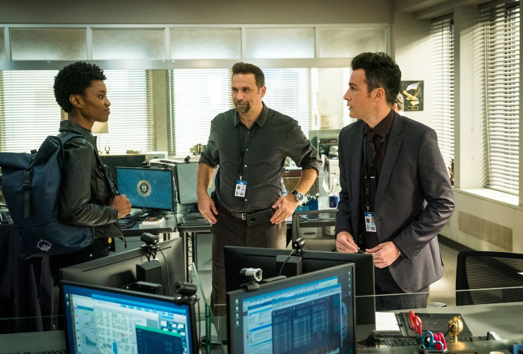 (v.l.n.r.) Special Agent Tiffany Wallace (Katherine Renee Turner); Special Agent Jubal Valentine (Jeremy Sisto); Special Agent Stuart Scola (John Bo... - Bildquelle: Michael Parmelee 2020 CBS Broadcasting Inc. All Rights Reserved. / Michael Parmelee