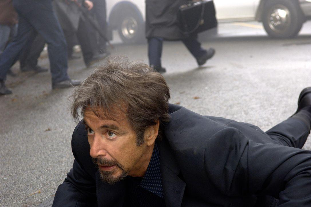 Der Forensiker Jack Gramm (Al Pacino) wird diesmal selbst zum Opfer. Nun hat er 88 Minuten Zeit, um in Erfahrung zu bringen, wer nach seinem Leben t... - Bildquelle: Nu Image
