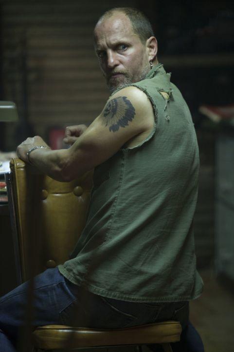 Der Irak-Kriegsheimkehrer Rodney Baze ist es leid, wie sein älterer Bruder für den Lebensunterhalt im Stahlwerk zu schuften. Lieber kämpft er gut be... - Bildquelle: Kerry Hayes 2012 Relativity Media
