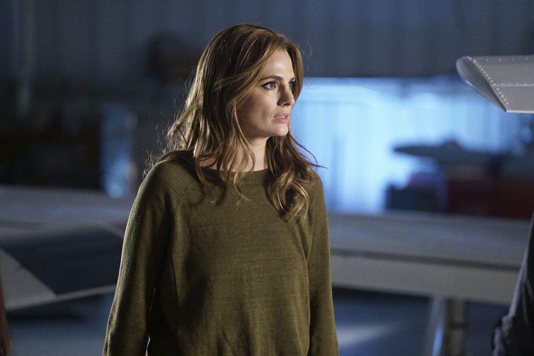Bracken, der Senator, der für den Mord an ihrer Mutter verantwortlich ist, sitzt hinter Gittern. Doch für Beckett (Stana Katic) ist der Fall noch la... - Bildquelle: Richard Cartwright 2015 American Broadcasting Companies, Inc. All rights reserved.