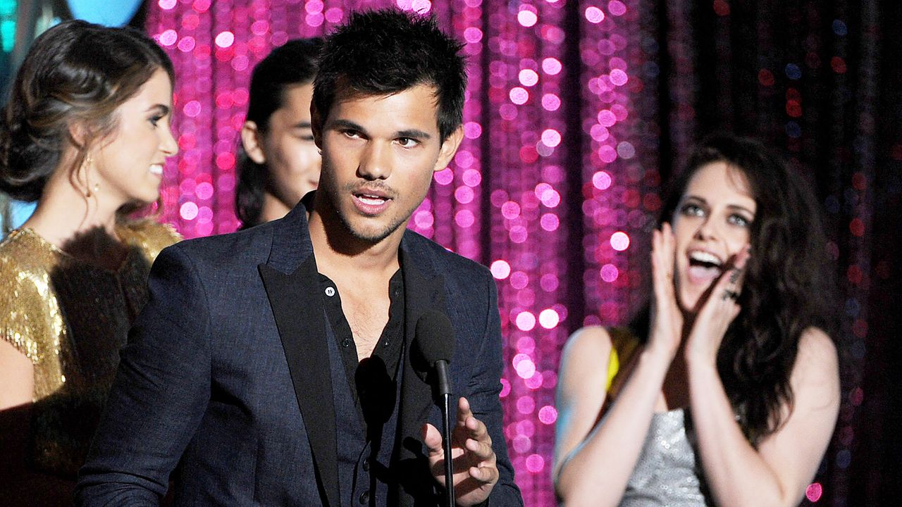 mtv-movie-awards-Taylor-Lautner2-12-06-03-getty-AFP - Bildquelle: getty-AFP