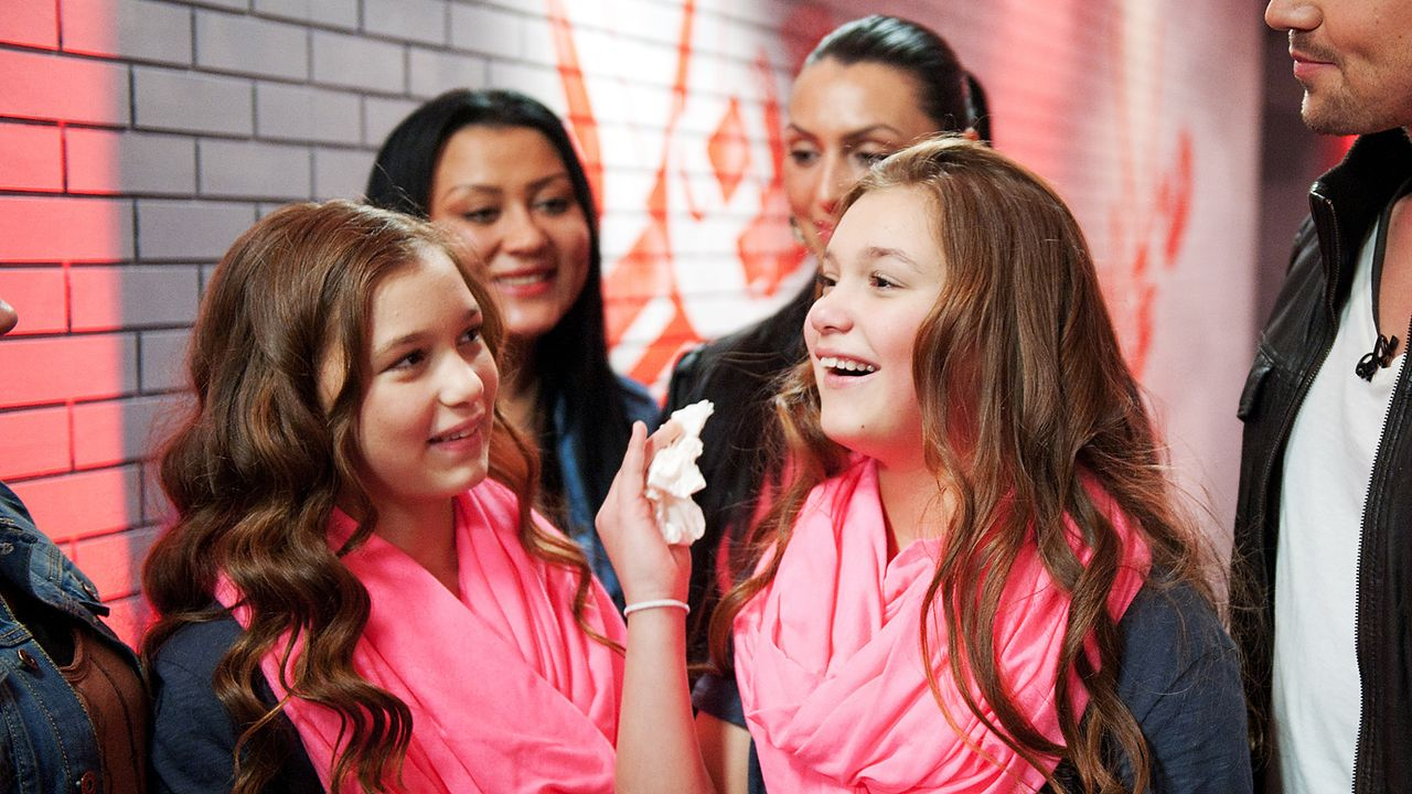 The-Voice-Kids-epi03-danach-Giuliana-Gilliana-1-SAT1-Andre-Kowalski - Bildquelle: SAT.1/Andre Kowalski