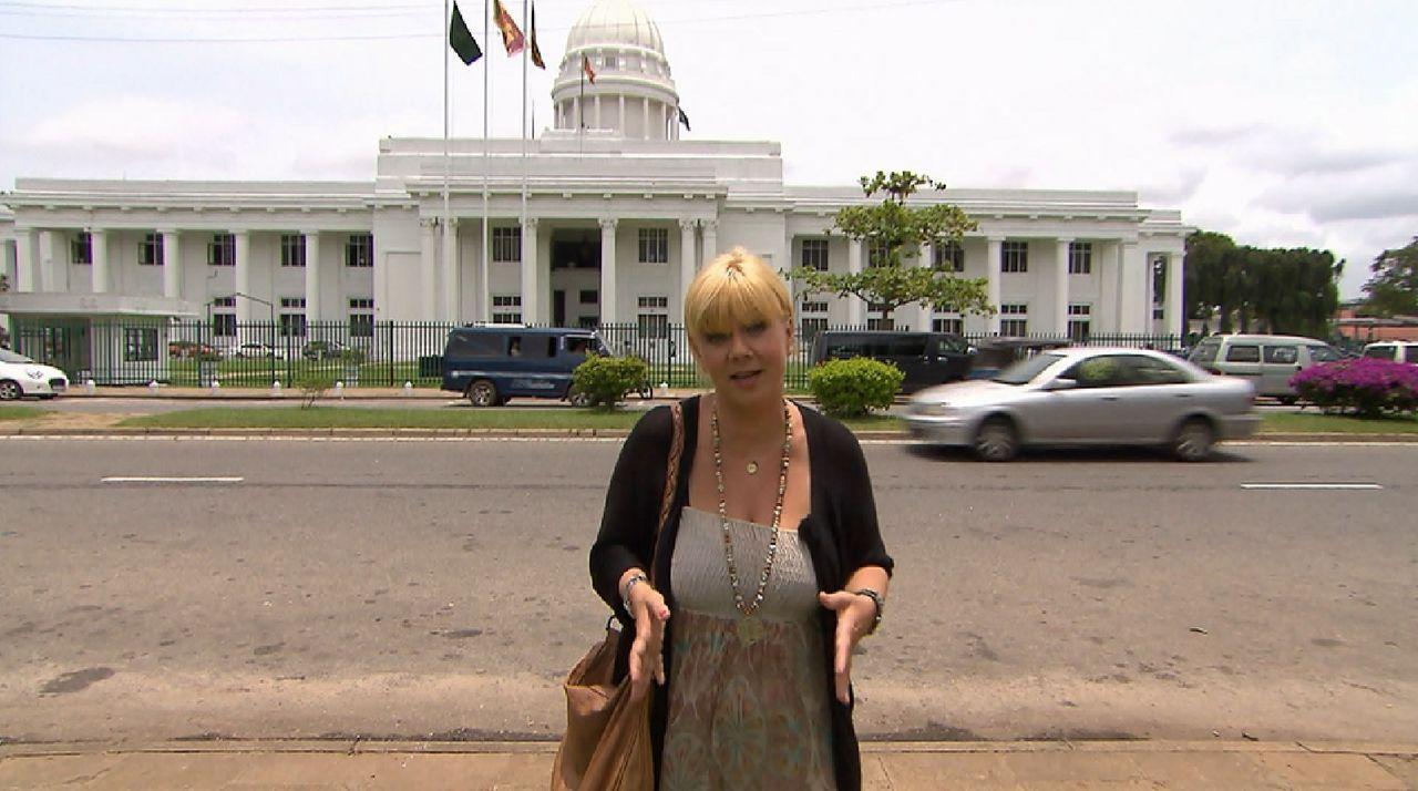 Bitte melde dich Staffel 2 Folge 1 Sri Lanka Julia Colombo - Bildquelle: SAT.1