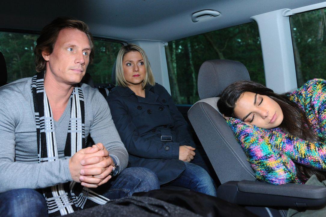Was haben (v.l.n.r.) Tom (Patrick Kalupa), Anna (Jeanette Biedermann) und Jasmin (Lilli Hollunder) vor? - Bildquelle: SAT.1