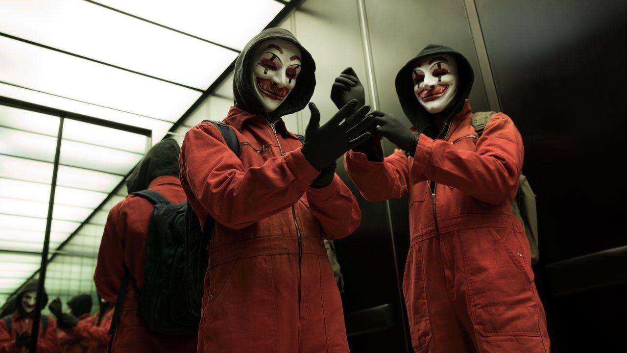 Vier Computerfreaks gründen gemeinsam das Hacker-Kollektiv CLAY (Clowns Laughing At You), mit dem sie die Aufmerksamkeit der Netzgemeinde auf sich z... - Bildquelle: Jan Rasmus Voss Wiedemann & Berg Film / Jan Rasmus Voss