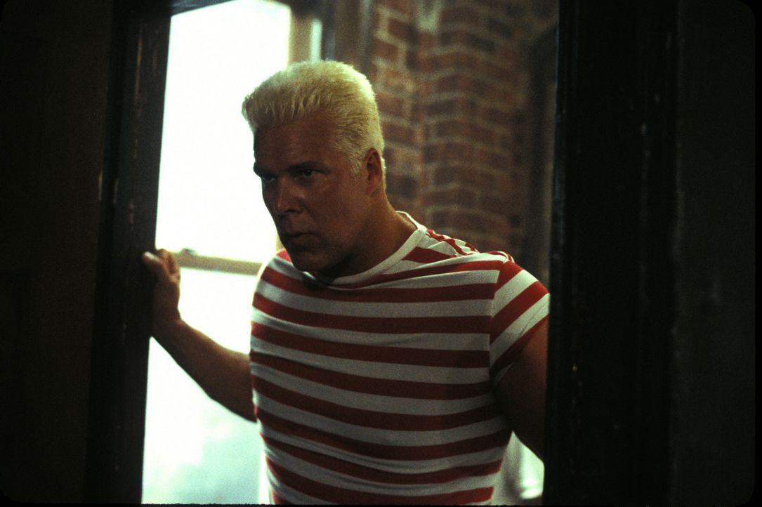 """Versucht Frank Castle alias """"the Punisher"""" außer Gefecht zu setzen: """"The Russian"""" (Kevin Nash) ... - Bildquelle: Sony Pictures Television International. All Rights Reserved."""