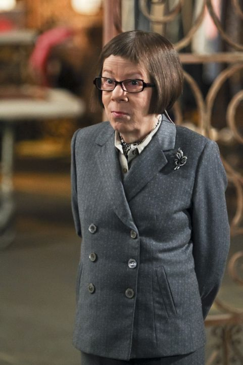 Hetty (Linda Hunt) ermittelt mit ihrem Team in einem neuen Fall ... - Bildquelle: CBS Studios Inc. All Rights Reserved.
