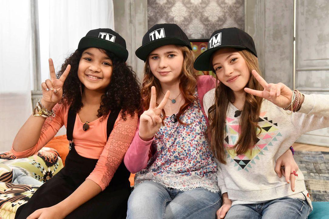 The-Voice-Kids-Stf03-Epi05-04-Lorena-Leonie-Zoe-SAT1-Claudius-Pflug - Bildquelle: SAT.1/ Claudius Pflug