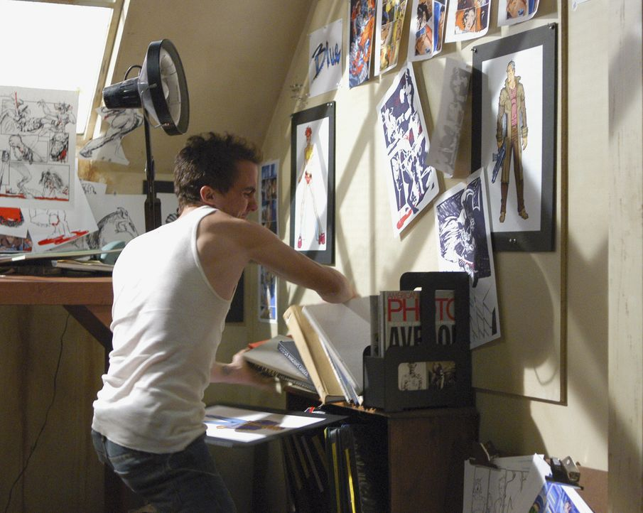 Hat der Comicbuchautor Jonny McHale (Frankie Muniz) etwas mit den Morden in Los Angeles zu tun? - Bildquelle: Touchstone Television