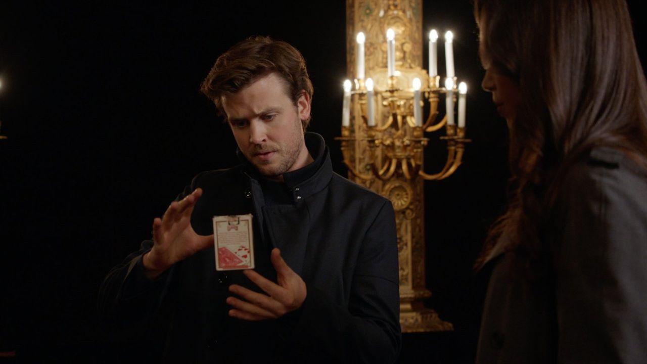 Um seine Ex-Freundin zu retten und den Kidnapper auszutricksen, greift Cameron Black (Jack Cutmore-Scott) tief in die Trickkiste ... - Bildquelle: Warner Bros.