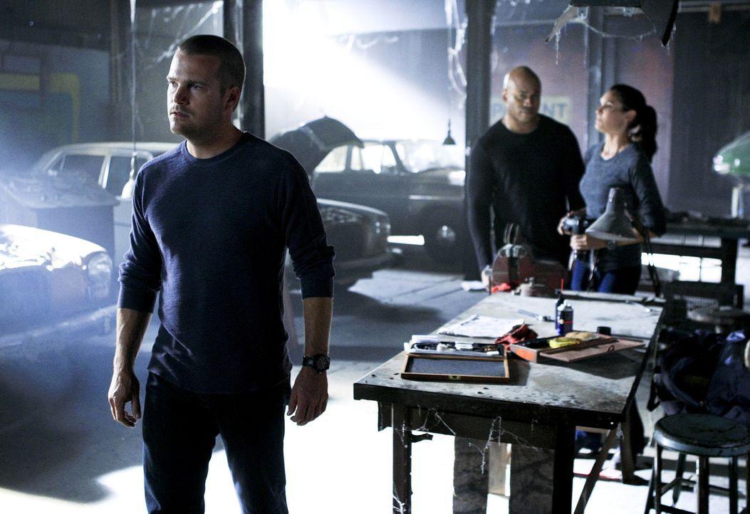 Versuchen alles, um Hetty zu retten: Callen (Chris O'Donnell, l.), Sam (LL Cool J, M.) und Kensi (Daniela Ruah, r.) ... - Bildquelle: CBS Studios Inc. All Rights Reserved.