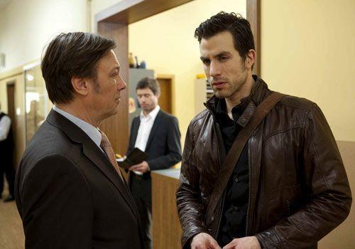 Wendtland macht Michael völlig überraschend das Angebot, Direktor der Pestalozzi-Gesamtschule zu werden. Er lehnt zunächst ab, doch nachdem Wendt... - Bildquelle: David Saretzki - Sat1