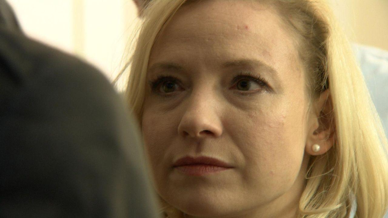 Rebecca wird im Büro von ihren Kollegen brutal gemobbt. Wie lange kann sie dem Druck noch standhalten? - Bildquelle: SAT.1