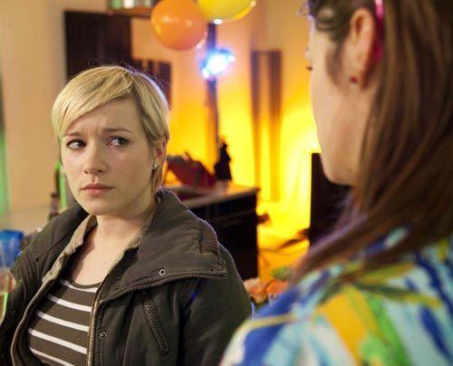 Hat ihre Freundschaft eine Chance? Emma und Jenny - Bildquelle: David Saretzki - Sat1