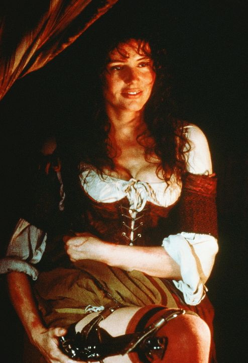 Die Unterwäsche einer Piratenbraut birgt so manche Überraschung: Und die schöne Morgan (Geena Davis) weiß, wenn sie es mit ihrem bösen und argl... - Bildquelle: VCL Communications