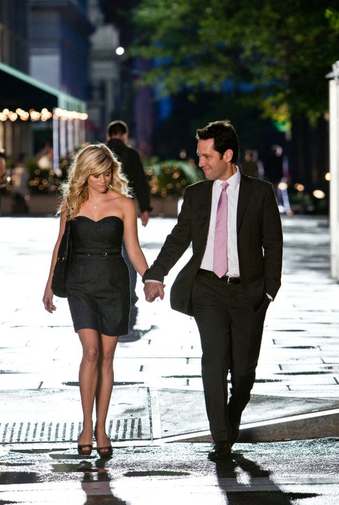 Woher weißt du, dass es Liebe ist? Mit dieser Frage schlägt sich Lisa Jorgenson (Reese Witherspoon, l.) rum, die sich einfach nicht zwischen Georg... - Bildquelle: 2010 Columbia Pictures Industries, Inc. All Rights Reserved.