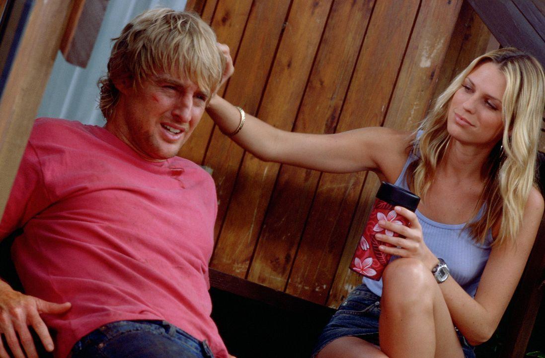 Noch ahnt Jack (Owen Wilson, l.) nicht, dass Nancy (Sara Foster, r.) ihn in ein perfides Spiel verwickeln wird ... - Bildquelle: Warner Bros.