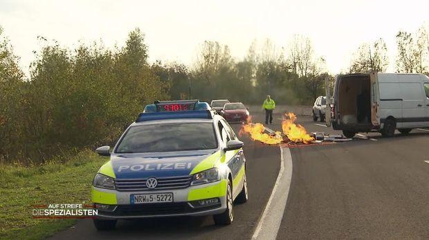 Auf Streife - Die Spezialisten - Auf Streife - Die Spezialisten - Autobahn-inferno