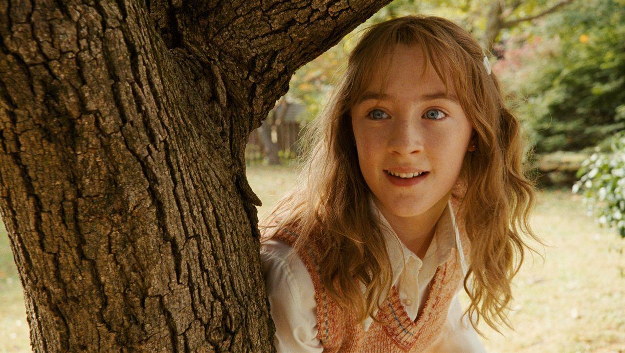 """""""Mein Nachname war Salmon, also Lachs, wie der Fisch; Vorname Susie (Saoirse Ronan). Ich war vierzehn, als ich am 6. Dezember 1973 ermordet wurde."""" - Bildquelle: 2009 DW Studios L.L.C. All Rights Reserved."""
