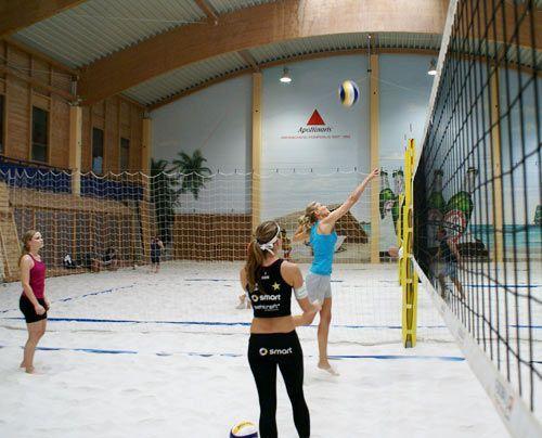 Ob der Ball auch über das Netz kommt? - Bildquelle: Danilo Brandt - Sat.1
