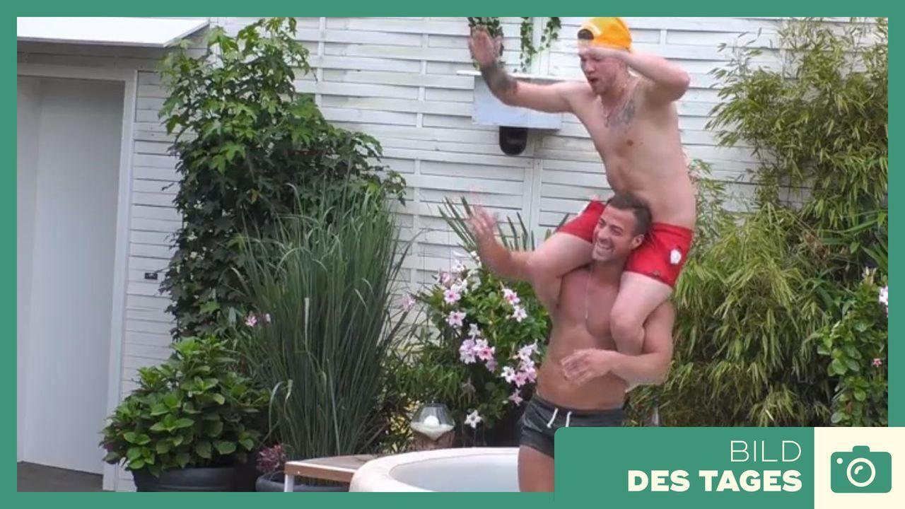 """""""Promi Big Brother"""" - Tag 4 - Tobi und Joey im Whirlpool - Bildquelle: SAT.1"""