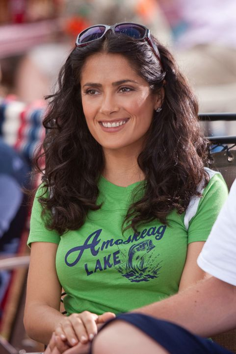 Fängt an, das Wochenende zu genießen: Roxanne (Salma Hayek) ... - Bildquelle: 2010 Columbia Pictures Industries, Inc. and Beverly Blvd LLC. All Rights Reserved.