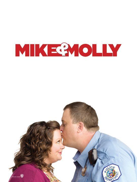(1. Staffel) - Gehen gemeinsam durch Dick und Dünn: Molly Flynn (Melissa McCarthy, l.) und Mike Biggs (Billy Gardell, r.) - Bildquelle: 2010 CBS Broadcasting Inc. All Rights Reserved.