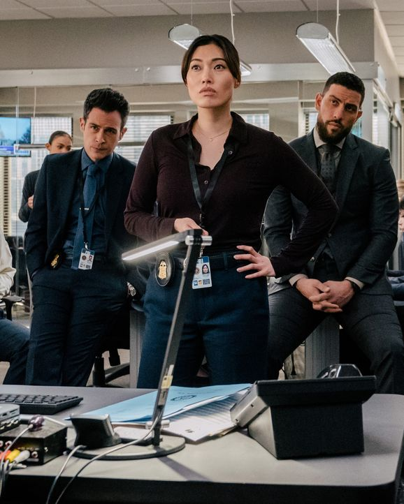(v.l.n.r.) Stuart Scola (John Boyd); Emily Rider (Catherina Haena Kim); Special Agent Omar Adom 'OA' Zidan (Zeeko Zaki) - Bildquelle: Mark Schafer 2020 CBS Broadcasting, Inc. All Rights Reserved. / Mark Schafer