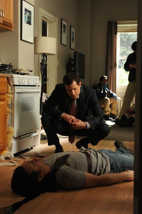Carrie und Al (Dylan Walsh) ermitteln im Mordfall des alleinerziehenden Vaters Marshall Smith und gelangen schnell zu der festen Überzeugung, dass... - Bildquelle: 2011 CBS Broadcasting Inc. All Rights Reserved.