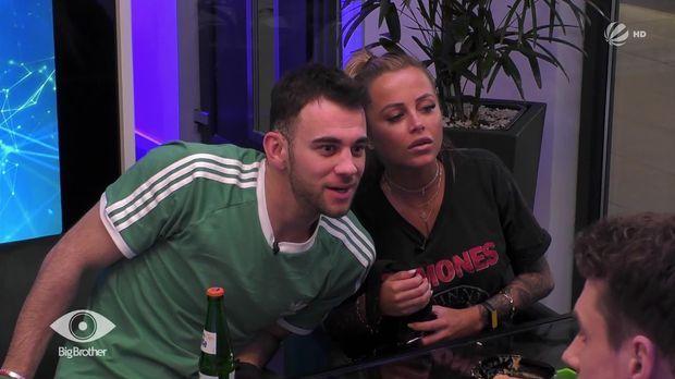 Big Brother - Big Brother - Folge 30: Jade Und Serkan Fesseln Sich Aneinander