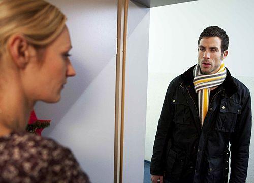 Karin lässt Michael eiskalt abblitzen ...  - Bildquelle: David Saretzki - Sat1