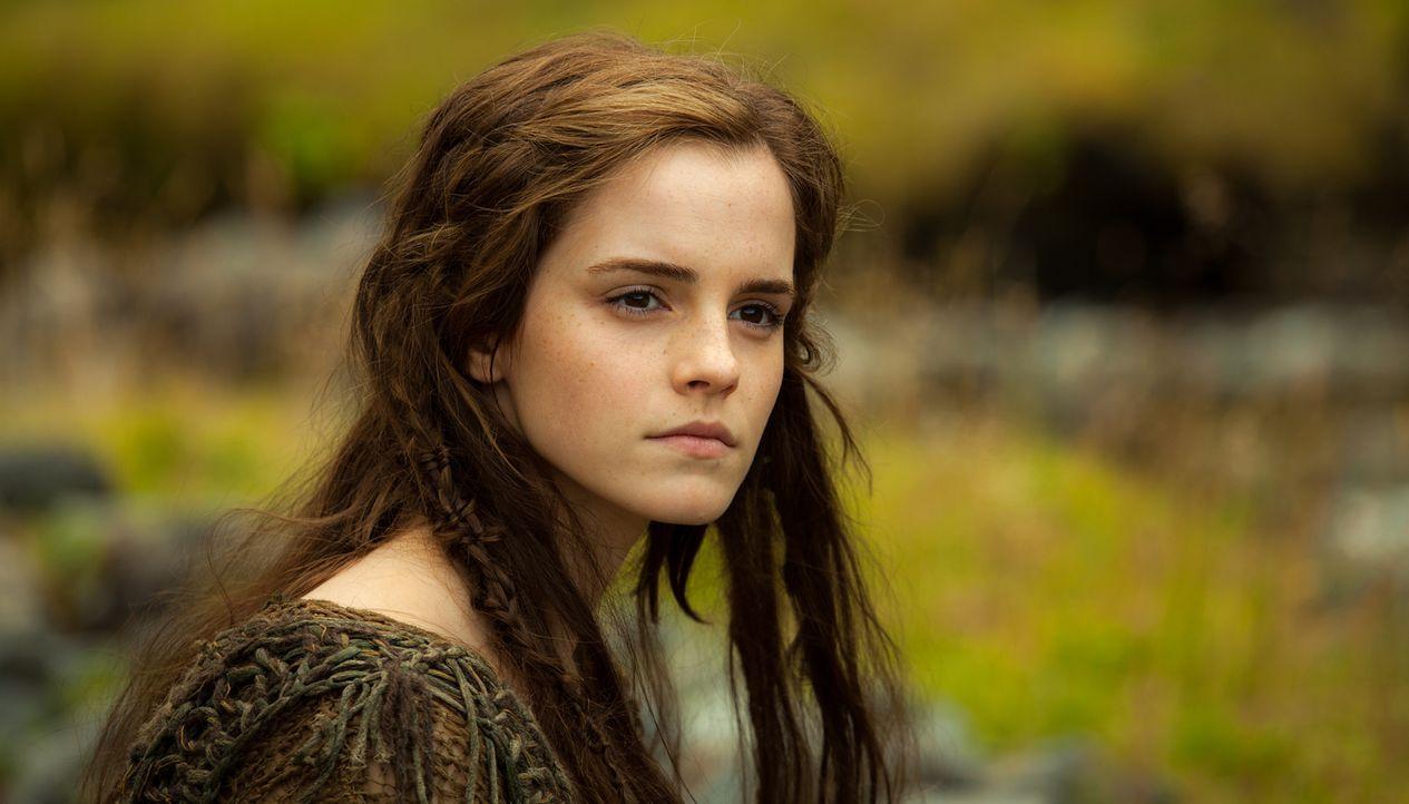 Nachdem Ilas (Emma Watson) Familie auf grausame Weise getötet wurde, wird sie von Noah und seiner Familie adoptiert. Während sie beim Bau der Arche... - Bildquelle: 2014 Paramount Pictures Corporation. All rights reserved.