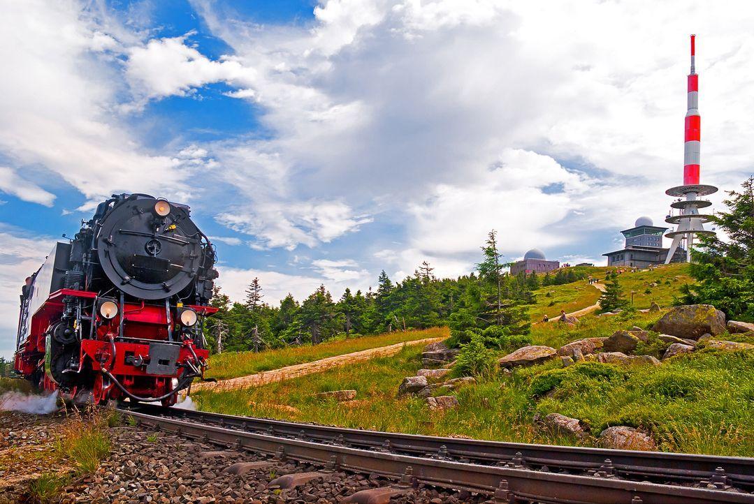 harz-brockenbahn-fotolia - Bildquelle: mojolo - Fotolia