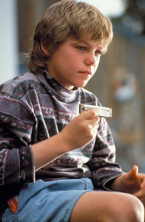 Spielt seinem Freund ein Ständchen: Jesse (Jason James Richter) - Bildquelle: Warner Bros.