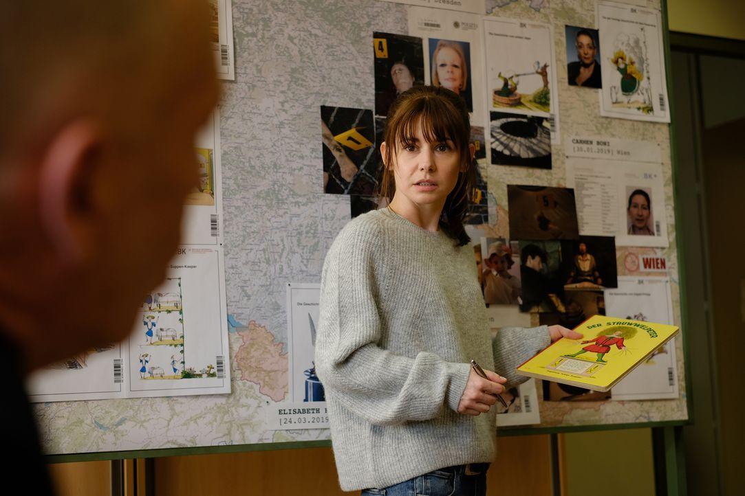 Sabine Nemez (Josefine Preuß) - Bildquelle: Petro Domenigg SAT.1 / Petro Domenigg