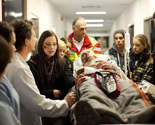 Nach dem schrecklichen Unfall geht es Timo nicht gut und wird ins Krankenhaus eingeliefert. Luzi, Bodo und Michael machen sich große Sorgen um ihn... - Bildquelle: David Saretzki - Sat1