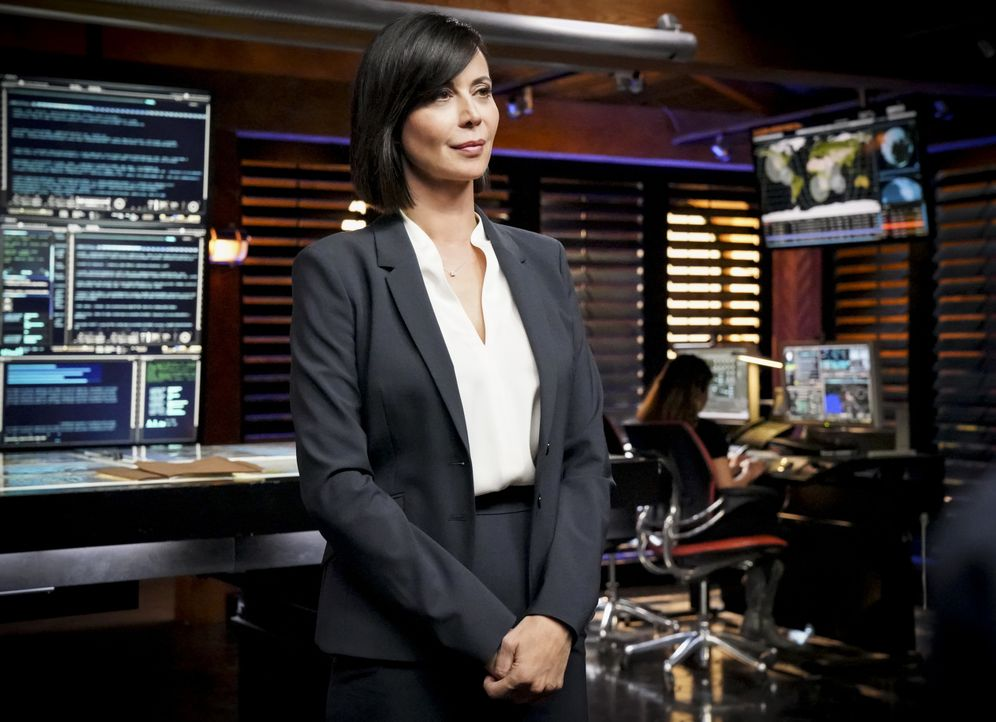 "Sarah ""Mac"" Mackenzie (Catherine Bell) - Bildquelle: Bill Inoshita 2019 CBS Broadcasting, Inc. All Rights Reserved / Bill Inoshita"