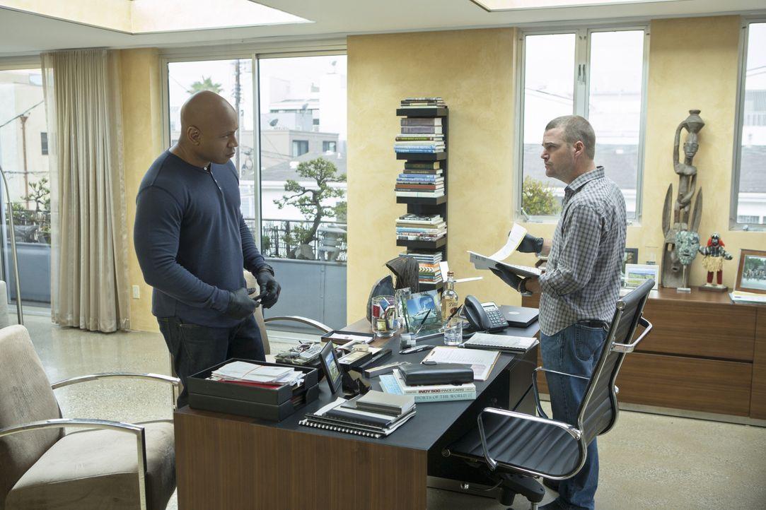 Bei den Ermittlungen in einem neuen Fall stoßen Callen (Chris O'Donnell, r.) und Sam (LL Cool J, l.) auf ein internationales Verbrechersyndikat name... - Bildquelle: CBS Studios Inc. All Rights Reserved.
