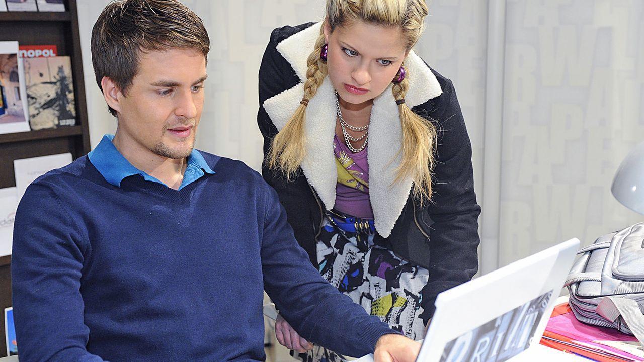 Anna-und-die-Liebe-Folge-420-03-Sat1-Oliver-Ziebe - Bildquelle: SAT.1/Oliver Ziebe;